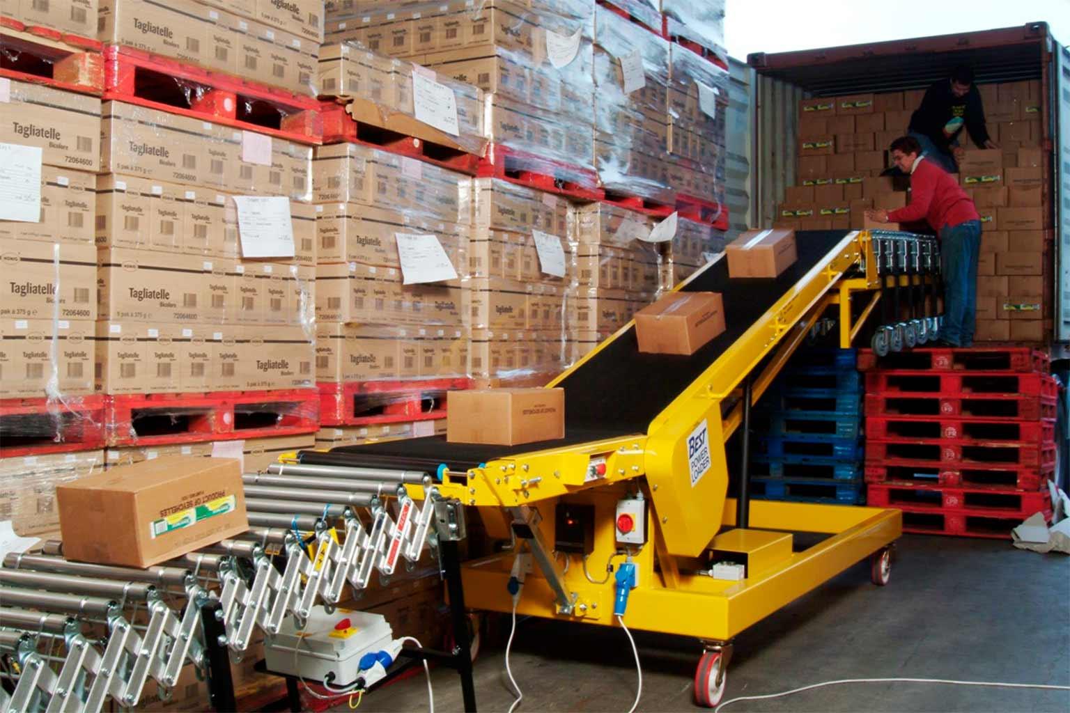 2.000 millones de euros es el coste de cargar y descargar mercancía de los camiones, según los fabricantes