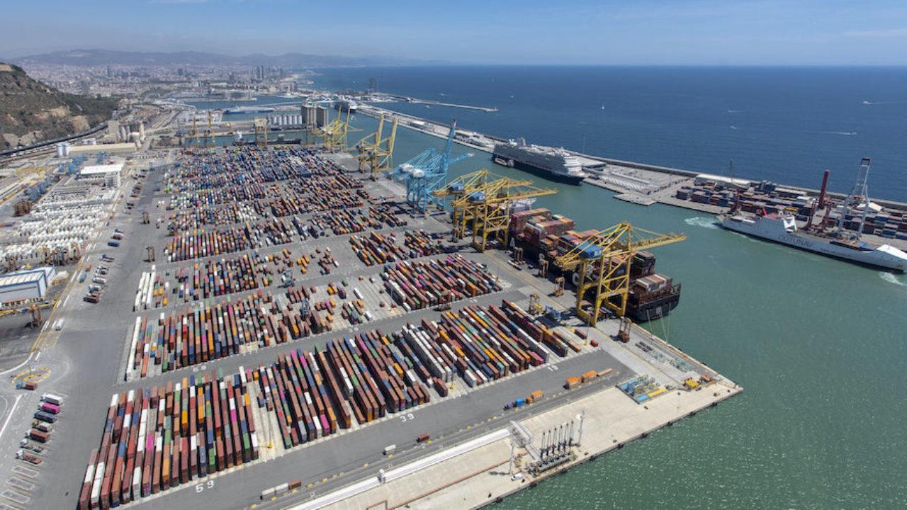 El Port de Barcelona está evolucionando hacia un modelo con inteligencia artificial, digitalización, big data, Internet de las cosas (IoT) y blockchain para convertirse en una infraestructura más eficiente y sostenible